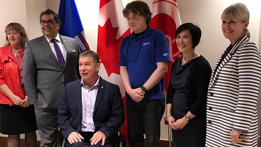 Confederation Park's team and Rick Hansen